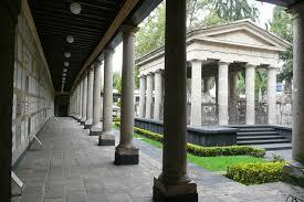 El Panteón de San Fernando, el silencioso recinto histórico de la Colonia Guerrero